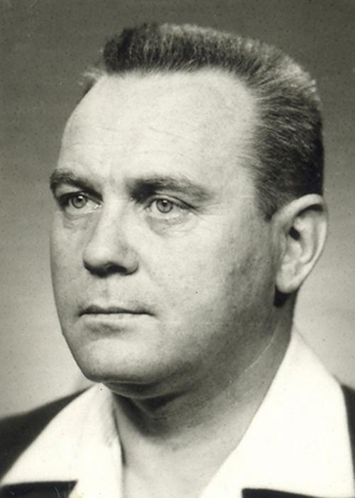 Lewy profil twarzy Tadeusza Malika
